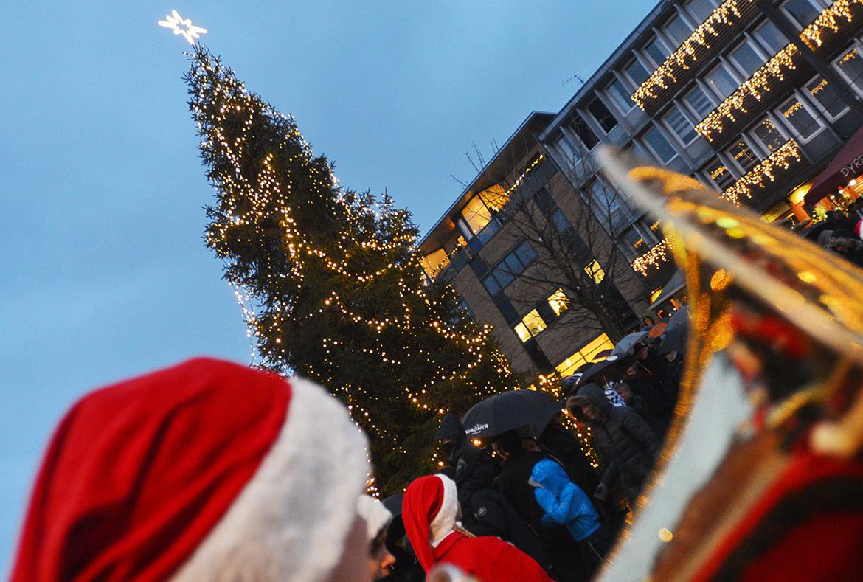 Juletræ og basun