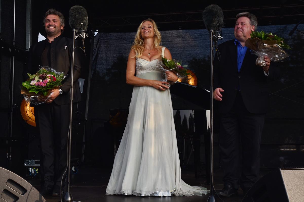 1) Programmet byder på gengangere fra sidste års operafestival i Herning. Fra venstre: Peter Lodahl, Susanne Elmark og Ulrich Stærk Foto: Ole Jørgensen