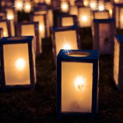 Kultur i Mørket, illustration: lanterner med Lys